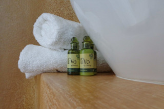 accommodation valena mare bath products