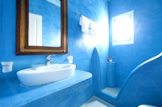 deluxe economy studio valena mare bathroom