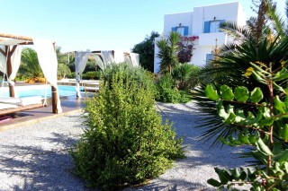 gallery valena mare pool by garden