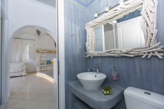 superior sea view apartment 1st floor valena mare bathroom