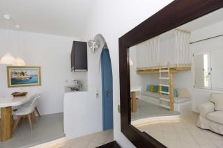 superior sea view apartment 1st floor valena mare room